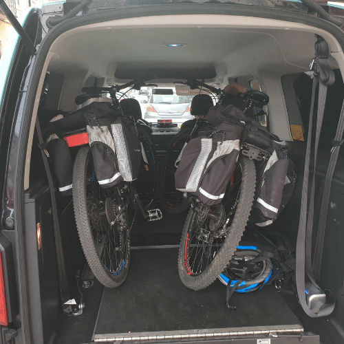 táxi para transporte de bicicletas